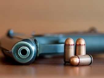 Правила хранения охотничьего оружия и боеприпасов в 2020 году — что будет за хранение ружья не по месту прописки? Как хранить охотничье гладкоствольное оружие дома?
